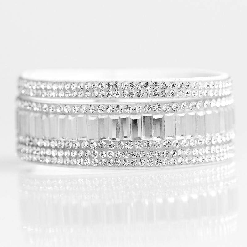 Wicked Wonders VIP Bling Bracelet First Class Shimmer White Snap Closure Bracelet Affordable Bling_Bling Fashion Paparazzi