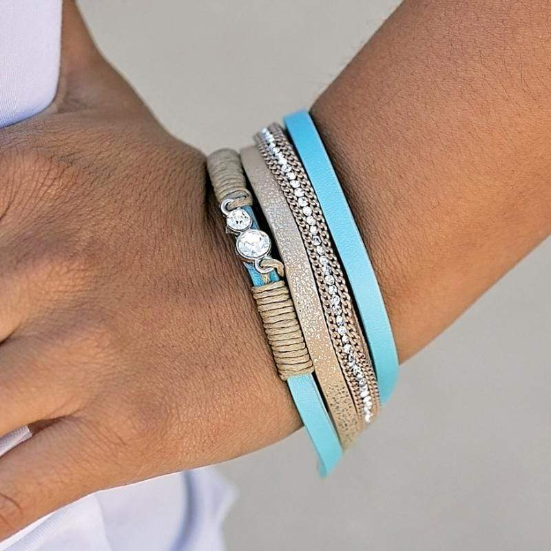 Wicked Wonders VIP Bling Bracelet I Speak Glitter Blue Urban Bracelet Affordable Bling_Bling Fashion Paparazzi