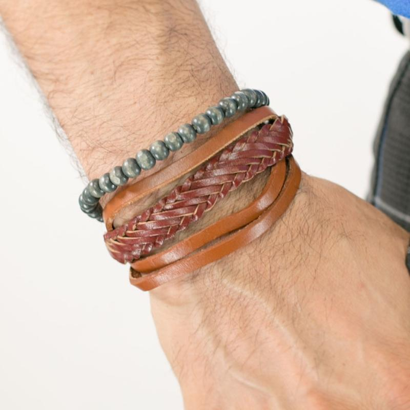 Wicked Wonders VIP Bling Bracelet Just Passing Through Brown Urban Man Bracelet Affordable Bling_Bling Fashion Paparazzi