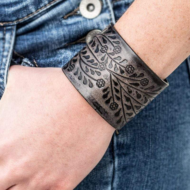 Wicked Wonders VIP Bling Bracelet Natural Remedy Gray/Black Urban Snap Closure Leather Bracelet Affordable Bling_Bling Fashion Paparazzi