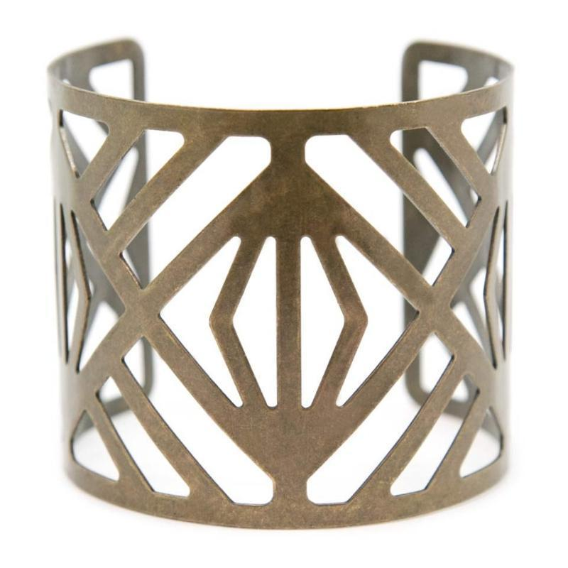 Wicked Wonders VIP Bling Bracelet No Man's Land Brass Cuff Bracelet Affordable Bling_Bling Fashion Paparazzi