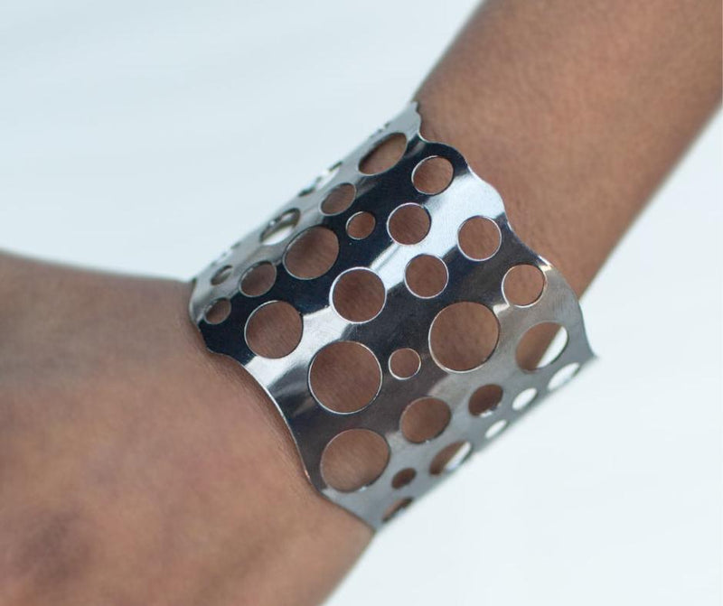 Wicked Wonders VIP Bling Bracelet The Hole In The Wall Gunmetal Black Cuff Bracelet Affordable Bling_Bling Fashion Paparazzi