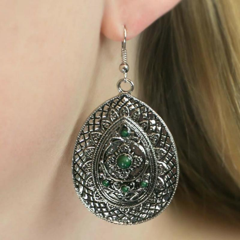 Wicked Wonders VIP Bling Earrings A Drop in the Bucket Green Earrings Affordable Bling_Bling Fashion Paparazzi