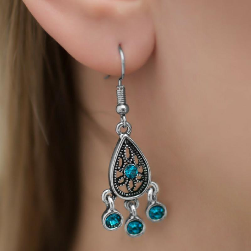 Wicked Wonders VIP Bling Earrings Beam All You Can Beam Blue Earrings Affordable Bling_Bling Fashion Paparazzi