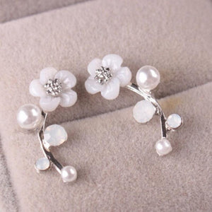 Wicked Wonders VIP Bling Earrings Flirty Floral Dainty White Post Earrings Affordable Bling_Bling Fashion Paparazzi