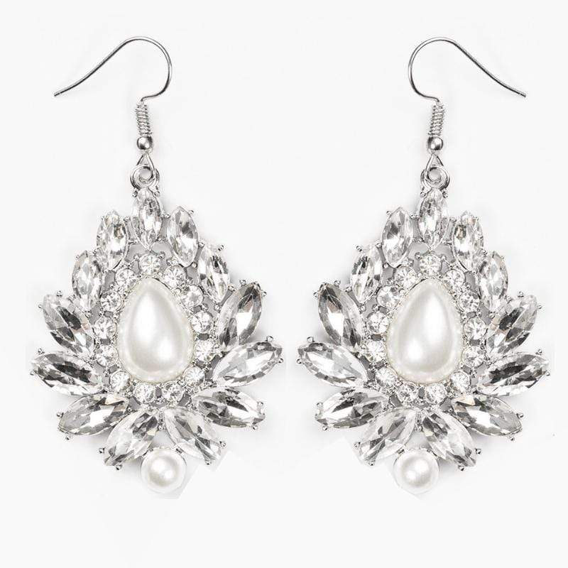 Wicked Wonders VIP Bling Earrings Trophy Trove White Gem and Pearl Earrings Affordable Bling_Bling Fashion Paparazzi