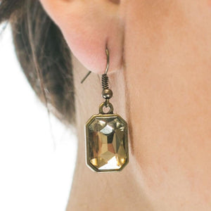 Wicked Wonders VIP Bling Earrings Your Royal SHINE-ness Brass Earrings Affordable Bling_Bling Fashion Paparazzi