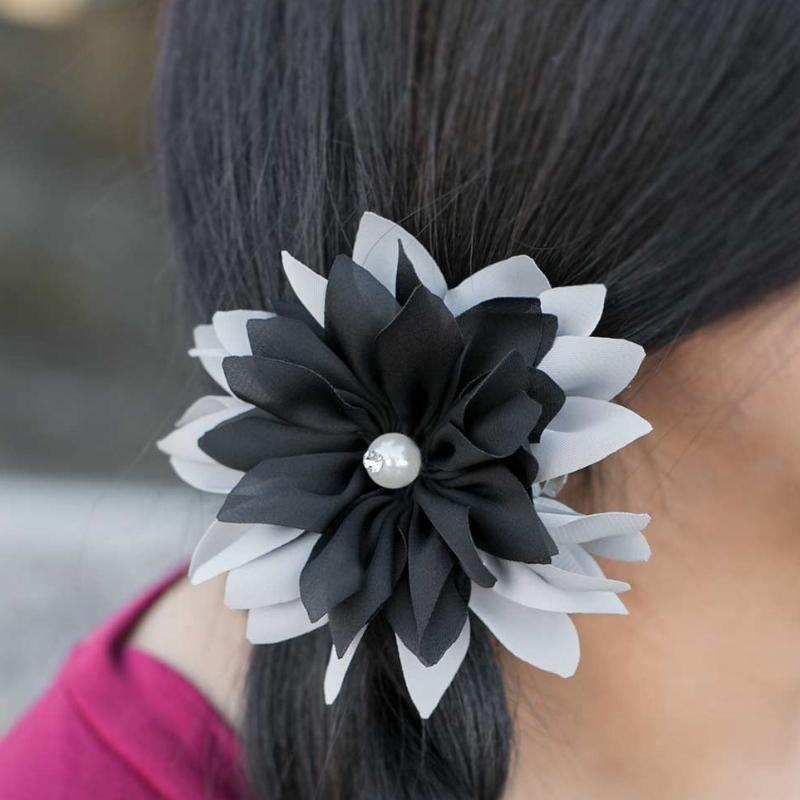 Wicked Wonders VIP Bling Hair Clip New York's Finest Black and Silver Hair Clip Affordable Bling_Bling Fashion Paparazzi
