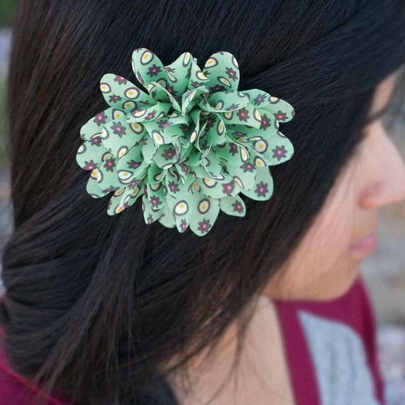 Wicked Wonders VIP Bling Hair Clip You Really Grew On Me Green Hair Clip Affordable Bling_Bling Fashion Paparazzi