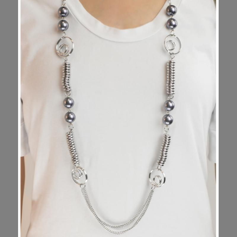 Wicked Wonders VIP Bling Necklace A Break From the Norm Silver Necklace Affordable Bling_Bling Fashion Paparazzi