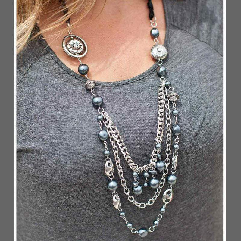 Wicked Wonders VIP Bling Necklace All the Trimmings Black Victorian Necklace Affordable Bling_Bling Fashion Paparazzi