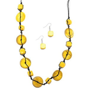 Wicked Wonders VIP Bling Necklace Boardwalk Beauty Yellow Necklace Affordable Bling_Bling Fashion Paparazzi
