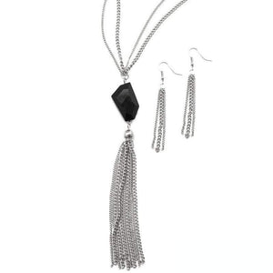 Wicked Wonders VIP Bling Necklace Break the Spell Black Necklace Affordable Bling_Bling Fashion Paparazzi