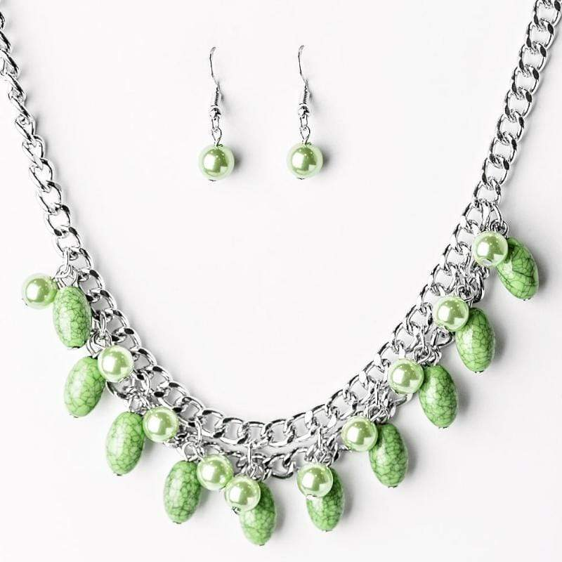 Wicked Wonders VIP Bling Necklace Cant BEAD Tamed Green Necklace Affordable Bling_Bling Fashion Paparazzi