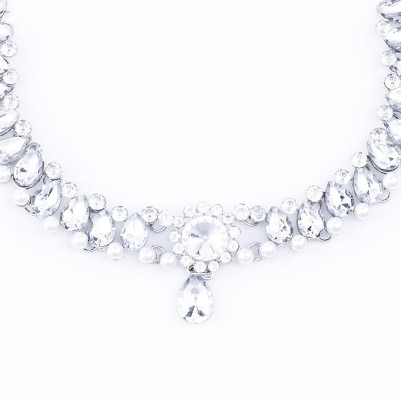 Wicked Wonders VIP Bling Necklace Classic Girl White Gem Choker Necklace Affordable Bling_Bling Fashion Paparazzi