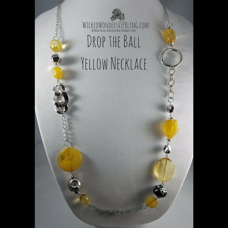 Wicked Wonders VIP Bling Necklace Drop the Ball Yellow Necklace Affordable Bling_Bling Fashion Paparazzi