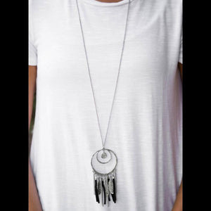 Wicked Wonders VIP Bling Necklace Fearless Dreamer Black Necklace Affordable Bling_Bling Fashion Paparazzi