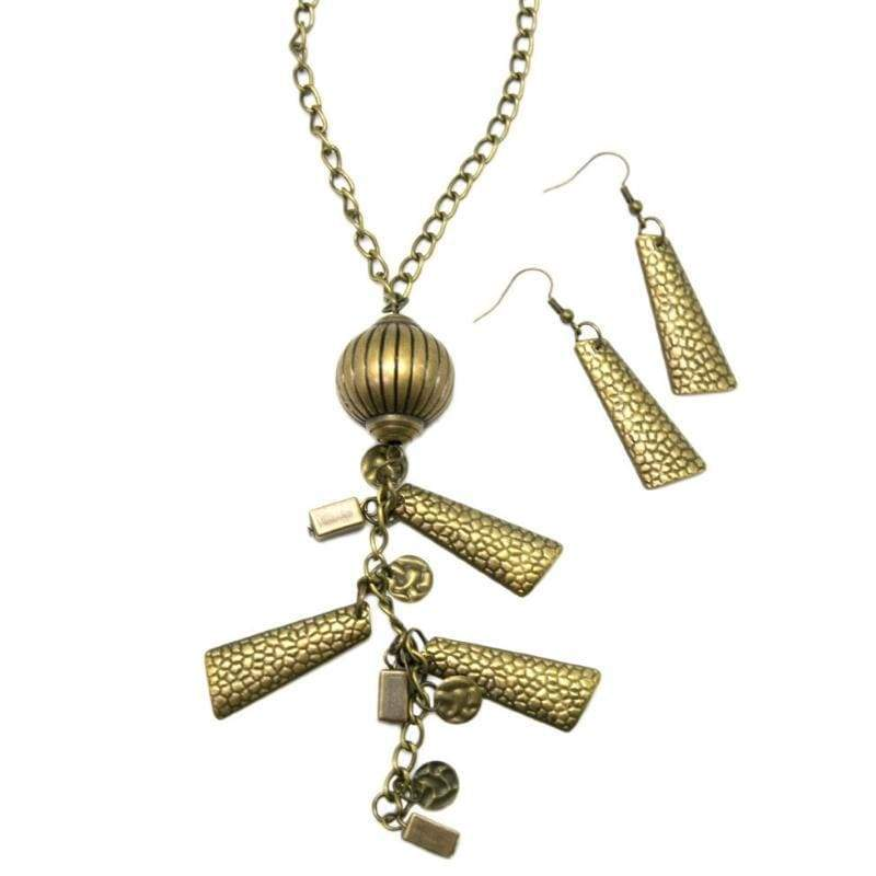 Wicked Wonders VIP Bling Necklace Gee Whiz Brass Necklace Affordable Bling_Bling Fashion Paparazzi