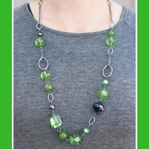 Wicked Wonders VIP Bling Necklace Home for the Holidays Green Necklace Affordable Bling_Bling Fashion Paparazzi
