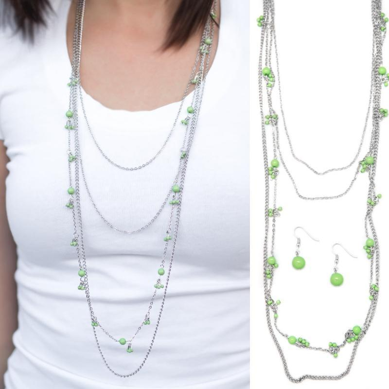 Wicked Wonders VIP Bling Necklace It's a Date Green Necklace Affordable Bling_Bling Fashion Paparazzi