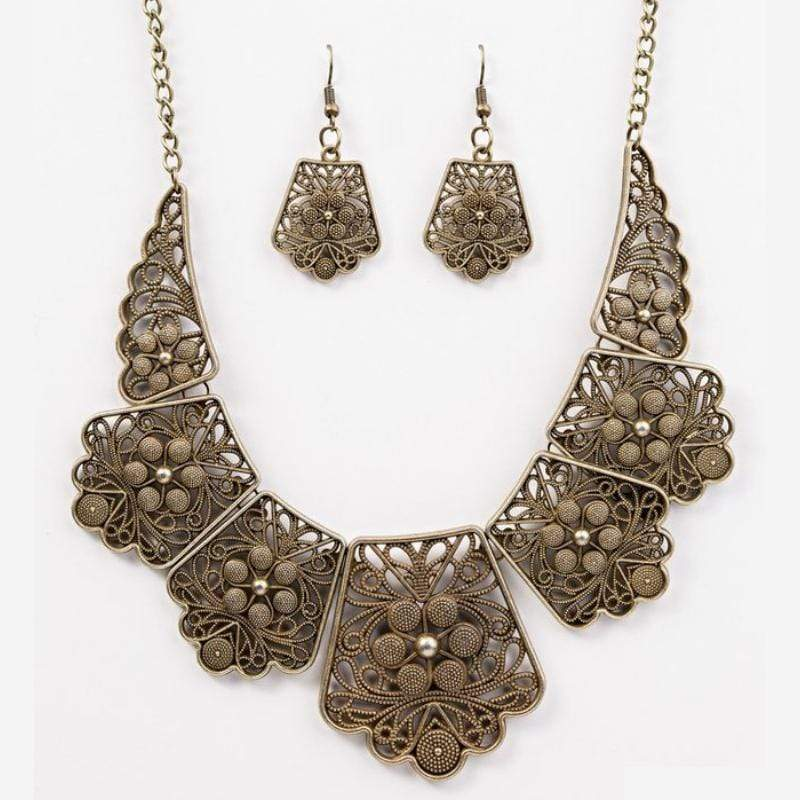 Wicked Wonders VIP Bling Necklace Native Nature Brass Necklace Affordable Bling_Bling Fashion Paparazzi