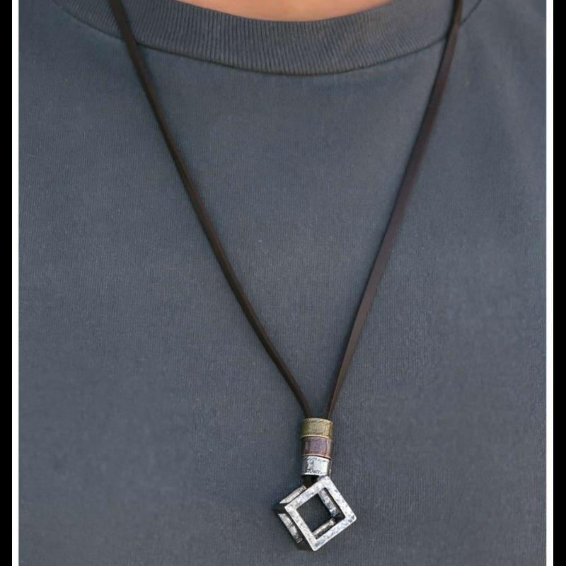 Wicked Wonders VIP Bling Necklace Out of the Box Man Necklace Affordable Bling_Bling Fashion Paparazzi