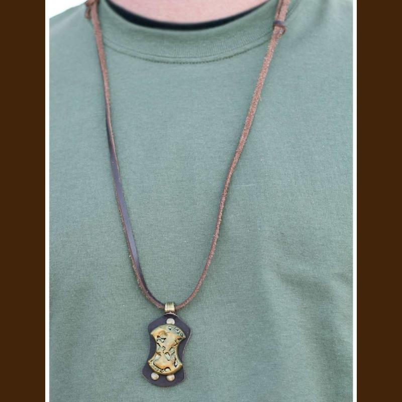 Wicked Wonders VIP Bling Necklace Pirates of the Caribbean Urban Man Necklace Affordable Bling_Bling Fashion Paparazzi