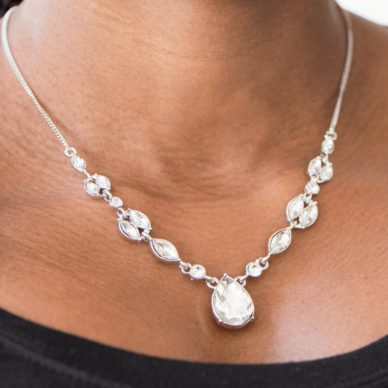 Wicked Wonders VIP Bling Necklace Royal Rendezvous White Gem Necklace Affordable Bling_Bling Fashion Paparazzi