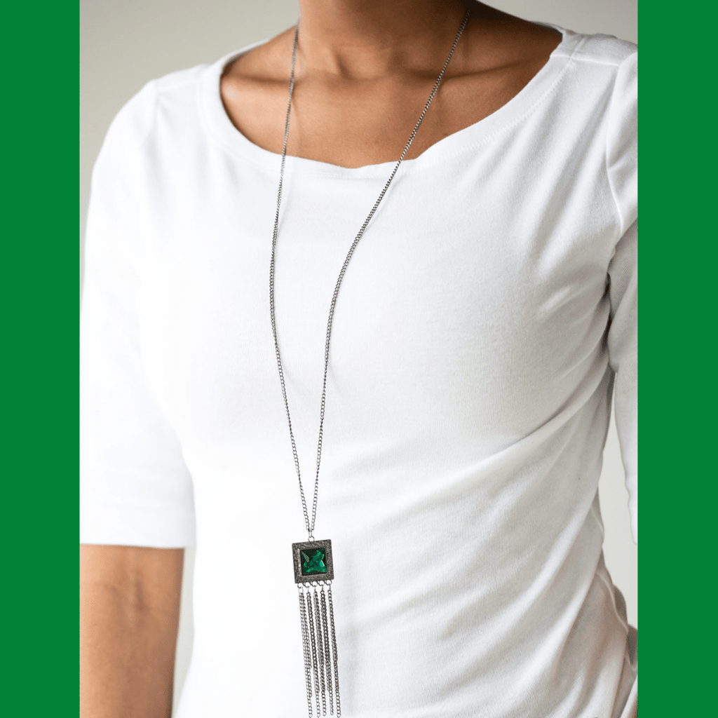 Wicked Wonders VIP Bling Necklace Shimmer Sensei Green Necklace Affordable Bling_Bling Fashion Paparazzi