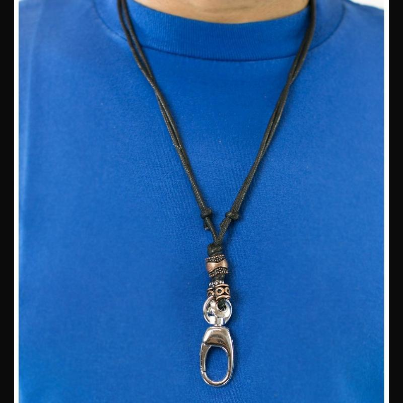 Wicked Wonders VIP Bling Necklace Simple Living Black Manyard Necklace Affordable Bling_Bling Fashion Paparazzi