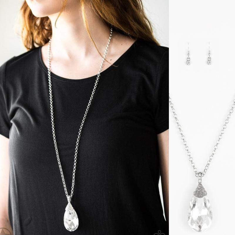 Wicked Wonders VIP Bling Necklace Spellbinding Sparkle White SUPER GEM Necklace Affordable Bling_Bling Fashion Paparazzi