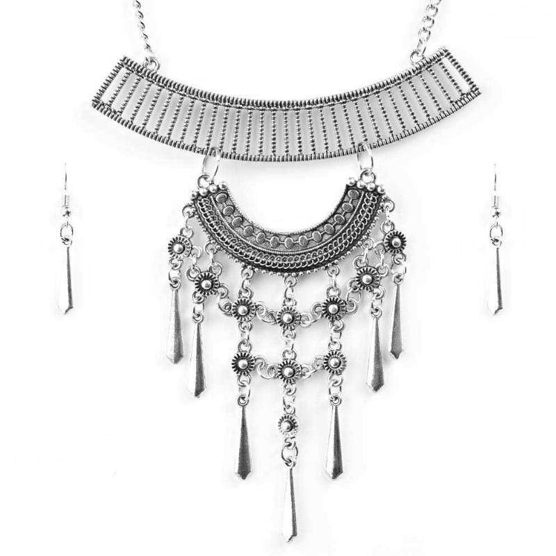 Wicked Wonders VIP Bling Necklace The Grand Geisha Silver Statement Necklace Affordable Bling_Bling Fashion Paparazzi