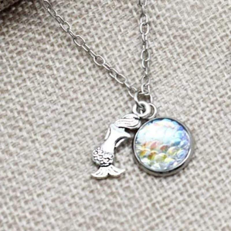 Wicked Wonders VIP Bling Necklace The Little Mermaid Multi Iridescent Dainty Charm Necklace Affordable Bling_Bling Fashion Paparazzi