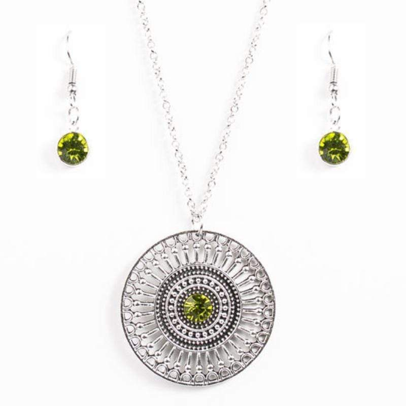 Wicked Wonders VIP Bling Necklace The London Eye Green Rhinestone Necklace Affordable Bling_Bling Fashion Paparazzi