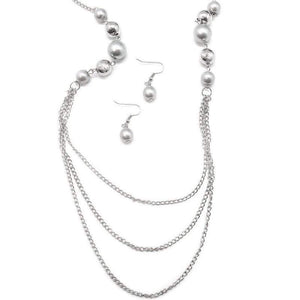 Wicked Wonders VIP Bling Necklace The Outer Limits Silver Necklace Affordable Bling_Bling Fashion Paparazzi