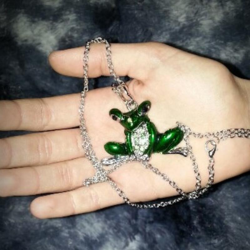 Wicked Wonders VIP Bling Necklace The Princess and the Frog Green Necklace Affordable Bling_Bling Fashion Paparazzi