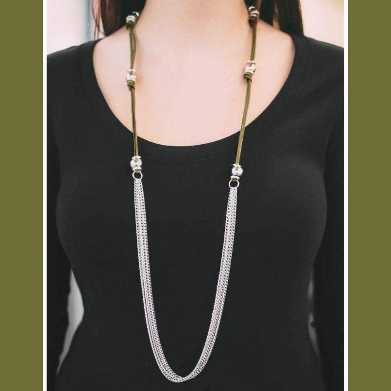 Wicked Wonders VIP Bling Necklace Tied and True Green Necklace Affordable Bling_Bling Fashion Paparazzi