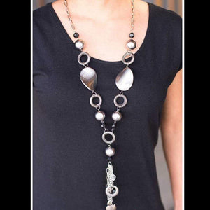 Wicked Wonders VIP Bling Necklace Total Eclipse of the Heart Silver Necklace Affordable Bling_Bling Fashion Paparazzi