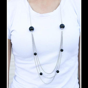 Wicked Wonders VIP Bling Necklace Warm Me Over Black Necklace Affordable Bling_Bling Fashion Paparazzi