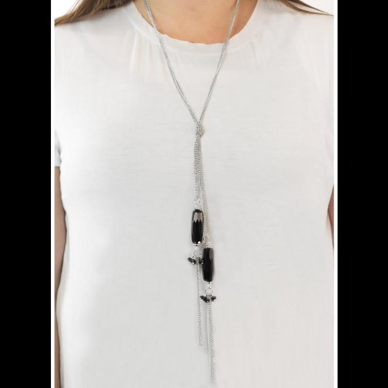 Wicked Wonders VIP Bling Necklace Worth the Tassel Black Necklace Affordable Bling_Bling Fashion Paparazzi