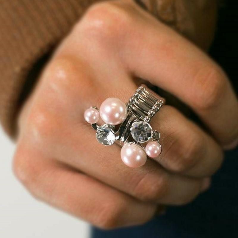 Wicked Wonders VIP Bling Ring A Born Romantic Pink Pearl Ring Affordable Bling_Bling Fashion Paparazzi