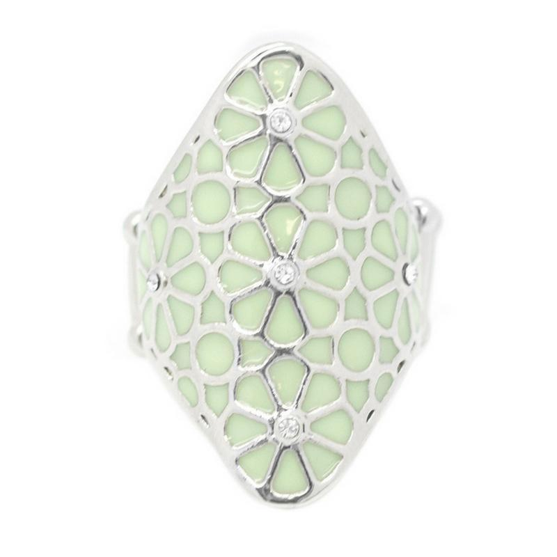 Wicked Wonders VIP Bling Ring A Spring Spree Green Ring Affordable Bling_Bling Fashion Paparazzi