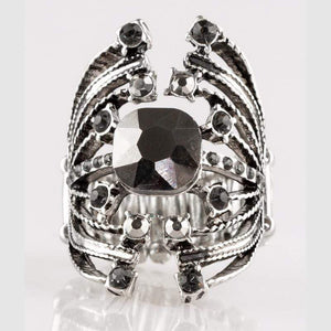 Wicked Wonders VIP Bling Ring Here Comes The Champ Silver Ring Affordable Bling_Bling Fashion Paparazzi