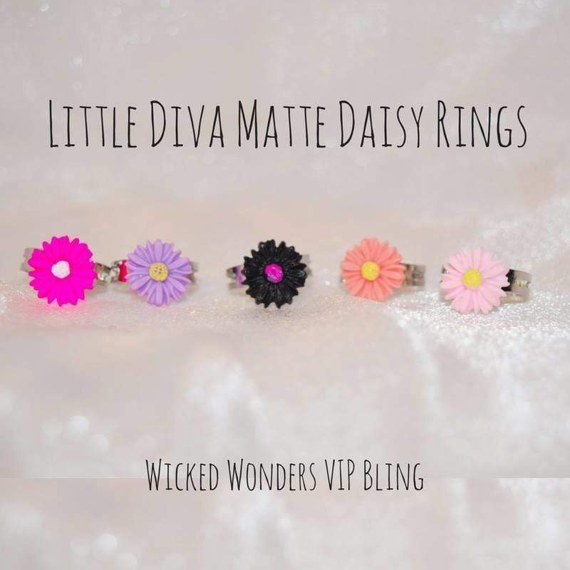 Wicked Wonders VIP Bling Ring Little Diva Matte Daisy Rings Affordable Bling_Bling Fashion Paparazzi