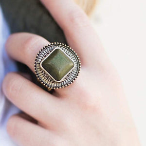 Wicked Wonders VIP Bling Ring Pulling Rank Brass and Green Ring Affordable Bling_Bling Fashion Paparazzi