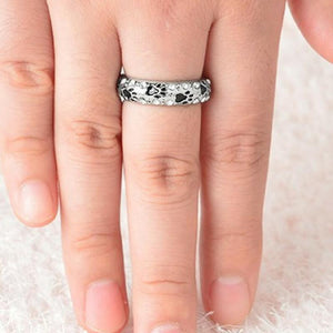 Wicked Wonders VIP Bling Ring When I Am With My Pet Black Paw Ring Affordable Bling_Bling Fashion Paparazzi