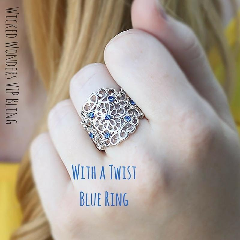 Wicked Wonders VIP Bling Ring With a Twist Blue Ring Affordable Bling_Bling Fashion Paparazzi