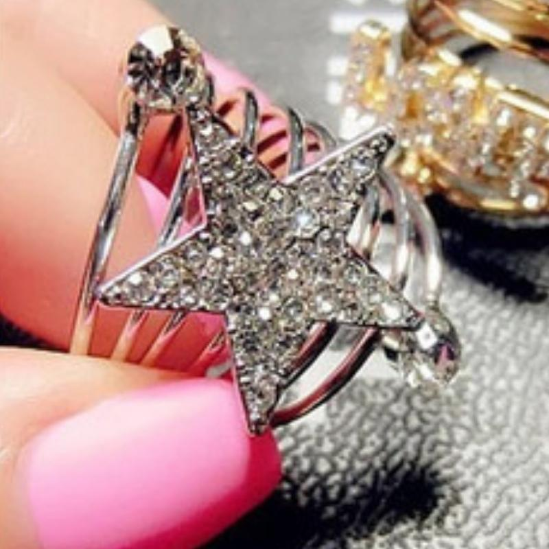 Wicked Wonders VIP Bling Ring You're An All-Star Silver and White Rhinestone Ring Affordable Bling_Bling Fashion Paparazzi