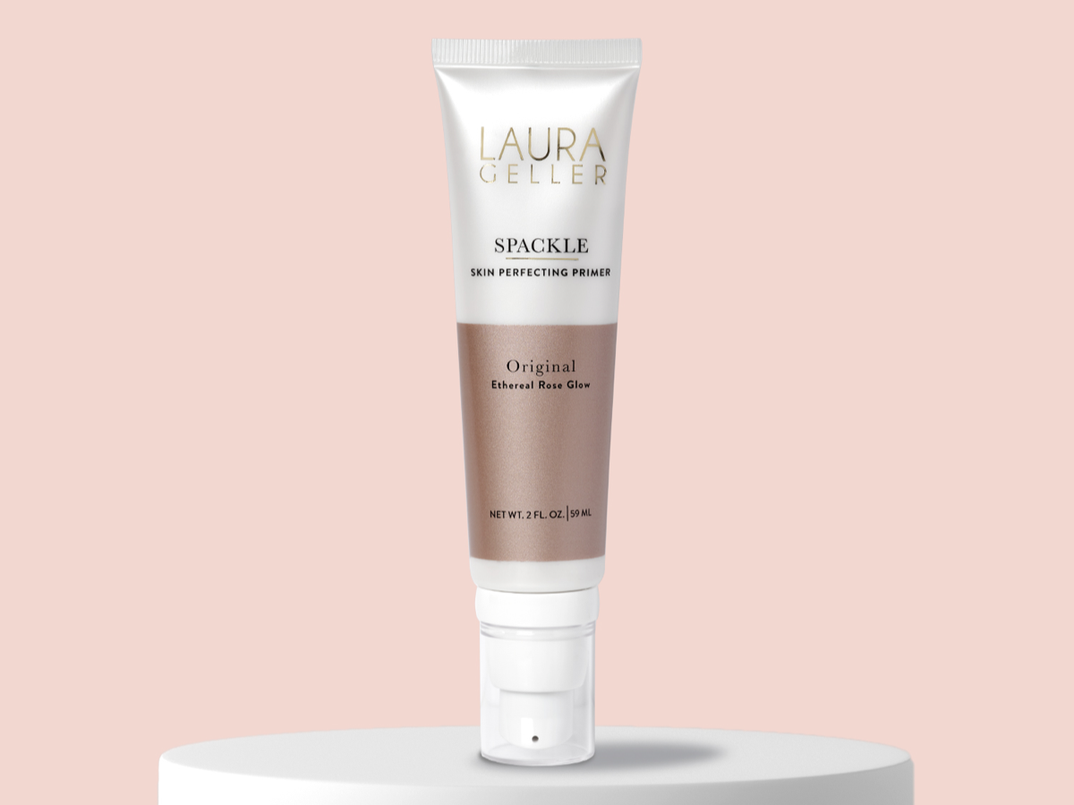 Dull skin spackle champagne glow for instant radiance with a touch of gold.