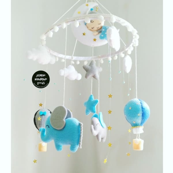 HAND CRAFTED ELEPHANT NURSERY MOBILE